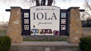 Welcome to Iola Sign